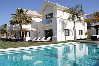 Modern Villa for sale in La Alqueria, Marbella
